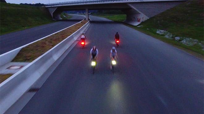 Devrimsel bisiklet lambası Magnic Microlights